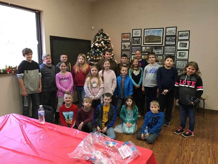 Students made ornaments and decorated the tree at Laurel Gorge.